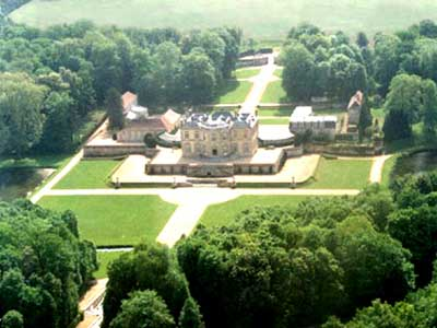 Chateau Villette featured in The Da Vinci Code